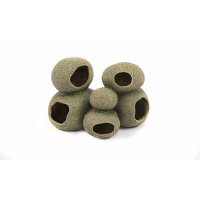 Pyramide de pierres avec abris pour serpent - Terratlantis